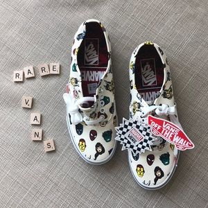 """NWT RARE Vans MARVEL """"OFF THE WALL"""" Sneakers Shoes"""